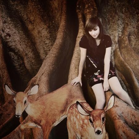 Zahara+dear+deer